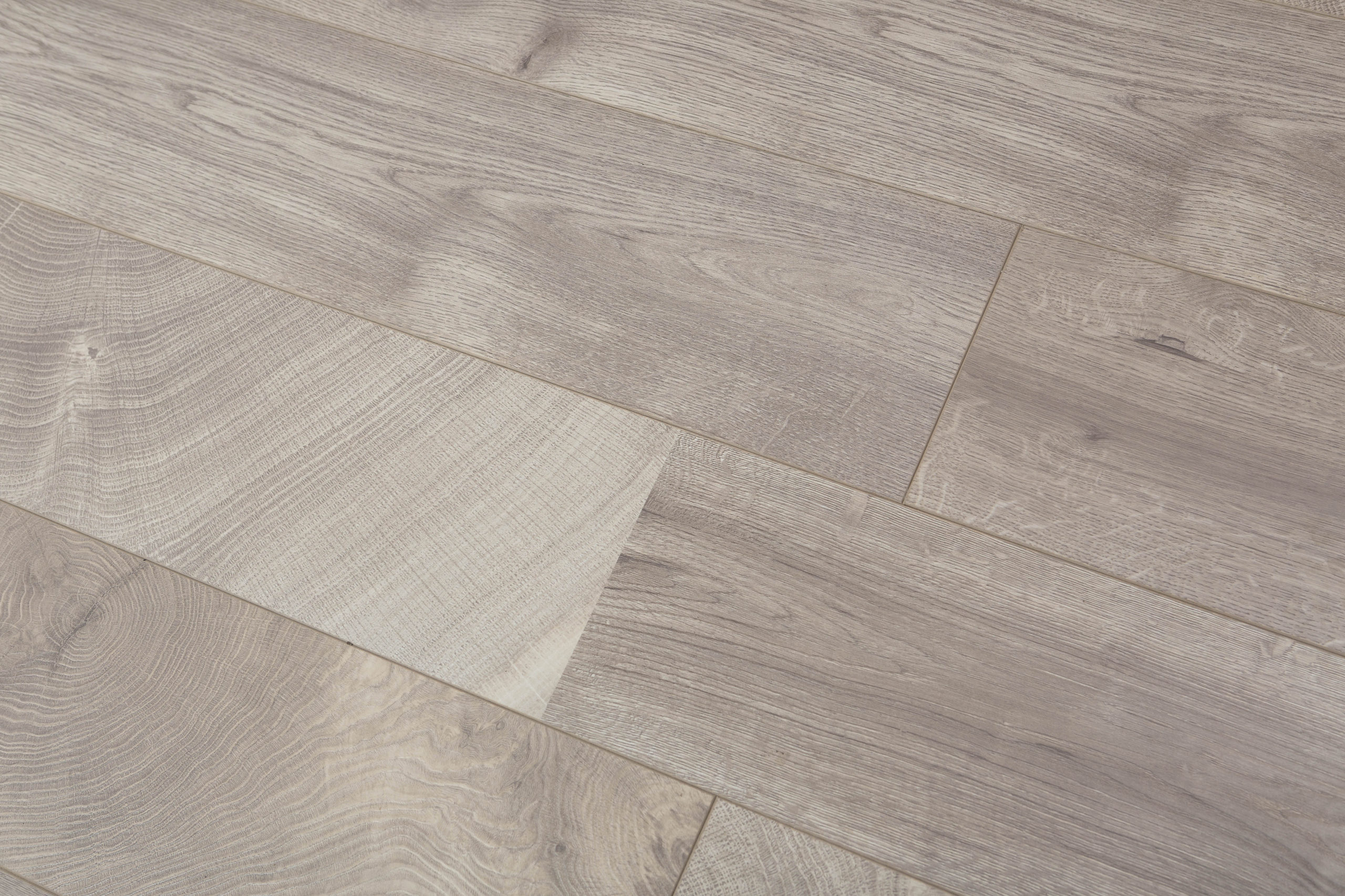 Toucan Laminate Flooring 7 1 2 Inch Wide With Thickness Of 12mm